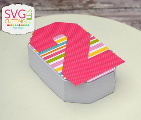 2 Shaped Treat Box