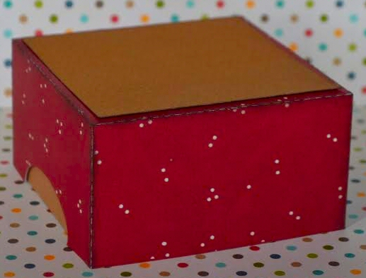 Lidded Treat  Box