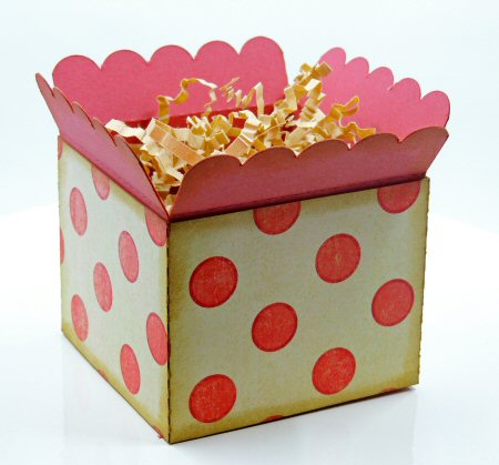 Scalloped Topper Treat Box